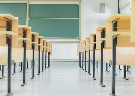 技校招生:成人高考文凭能够公务员报考考试吗?
