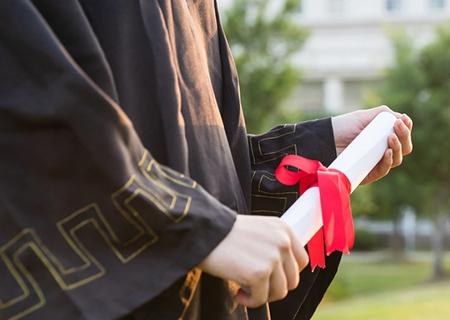中专招生:成人高考在职人员提高学历有哪些方式?